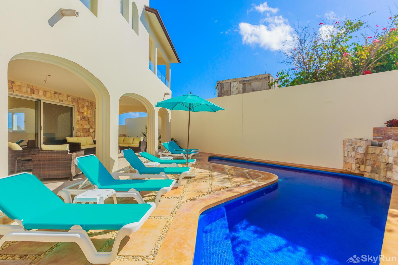 NEW and Unique Residencial Home Prime Location Isla Mujeres Private Pool